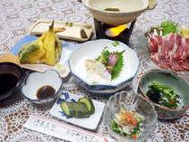 *【夕食例】美味しいお食事に舌鼓!地元の味をお楽しみ下さい。