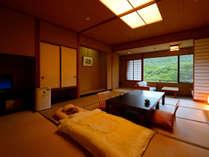 客室「花かんむり14帖」※赤ちゃんプランでは、お部屋に予め赤ちゃん用布団をご用意いたします.