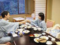 【和膳スタイル・お部屋食例】※周囲を気にせず、赤ちゃんと一緒のご夕食をお楽しみください