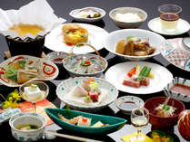【四季旬彩】日本海の幸を中心とした、萩の四季を愉しむ旬の和会席(イメージ)。