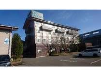 北陸自動車道 柏崎ICより車で約5分、JR柏崎駅より車で約10分のアクセスです。