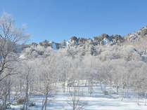 *【周辺(冬)】四季折々、様々な表情を見せてくれる志賀高原の自然。