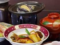 【アワビのバター焼き付き会席】(2)