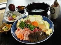 ■美酒鍋(びしょなべ)■名物料理!酒と塩コショウで煮詰めるシンプルな味付けが美味しい!!