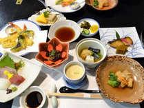 *【お料理一例】四季折々の変化を楽しめるお料理をご用意いたします。