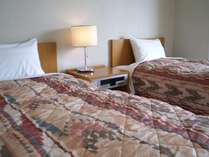 ベッドはシングルが2台です。