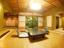 【秋の館/特別室/813/重陽の間】1F一間と2F二間のメゾネットタイプのお部屋です。