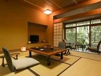 お部屋から日本庭園を眺める安らぎの時(春の館1F8畳)