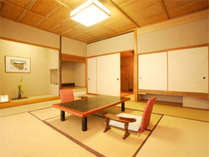 【趣そのままに。静寂の中に温かさが包む純和風客室】『夏の館』ご年配の方にオススメのお部屋。