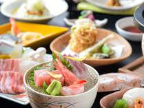 【会席料理】北陸の美味しいもの、季節の味をお楽しみいただけるよう心を込めて提供致します。
