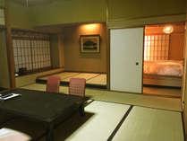 【春の館和洋室】人気のベッドルーム付きの客室です。