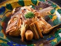 「山崎真鯛会席」の料理一例