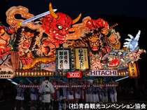 「ねぶた祭り」の風景(提供:青森観光コンベンション協会)