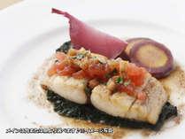 ワンプレートディナーのメインは魚または肉よりチョイス♪※イメージ写真
