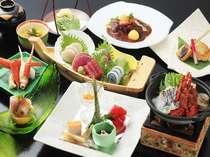 渚館自慢の月替わり和料理は、旬の素材を活かし、新鮮さに拘ったものばかりです。(写真は一例)