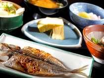 【朝食】小田原産の干物で朝もしっかりいただける