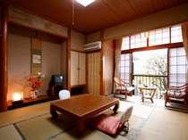 【和朝食+巻物寿司の夜食付きプラン】  小田原名産あじの干物とできたて姫の水豆腐 & 無料貸切風呂