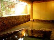 *無色透明の単純泉・落合温泉。リウマチや神経痛、アトピー改善にも効果的!美肌効果も期待できます♪