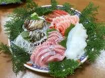 【※別注:要事前予約】ご希望に併せて、別注にて勝浦の新鮮な魚やマグロ・かまなどご用意させて頂きます。