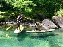 *菅沼/本州で第1位の透明度を誇る、エメラルドグリーンの湖面―感動のSUP体験を