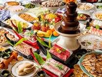 夕食バイキング(写真はイメージです)家族みんなでワイワイとお召し上がりください