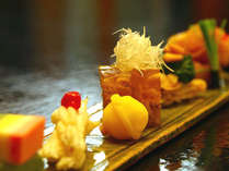 *夕食一例/贅を尽くした旬の料理で素敵な旅を演出します。