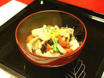 *夕食一例/色鮮やかな「のっぺ」をお召し上がりください。