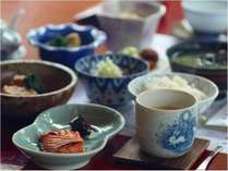 昔ながらの朝食(和定食)