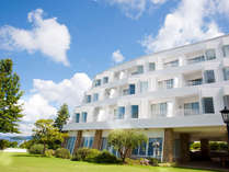 地中海テイストの白亜リゾートホテル・パサージュ琴海