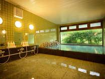 *【温泉】広々とした大浴場で癒しの時間をお過ごしください。