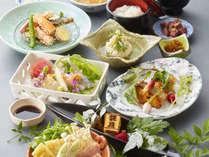 奈良の自慢の食材を使った季節の特別会席