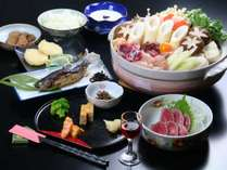 寒い時期には当館自慢の「きりたんぽ鍋」を中心とした、秋冬味覚をお楽しみください♪