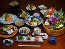 【料理グレードUP】 鮑!カニ!伊勢海老!日本海の海の幸をこれでもかとご提供♪夕部屋食「饗宴プラン」