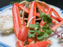 *お夕食一例(茹で蟹)/絶妙な塩加減、茹で加減が凝縮した旨みを引き出す。冬の味覚王をご堪能下さい。