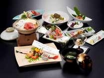 【料理】四季折々の海の幸・山の幸を、数々の賞を受賞してきた料理長が腕をふるい仕上げます。