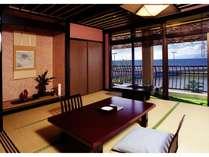 びわ湖の眺めの良い客室の画像