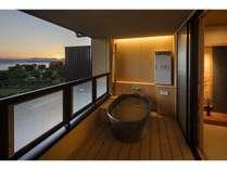 3階客室(露天風呂)撮影:下村 康典の画像