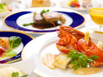 """""""和・洋""""それぞれを極めた2人の料理長が、「瀬戸内の幸、香川の幸」を使い、目でも舌でも満足させます!"""