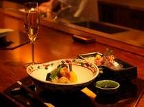 モエ エ シャンドンなどのシャンパンはじめオリジナルの地酒やオーガニックワイン、ドリンクラインも充実。