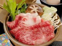 【飛騨牛すき焼き】上質な脂がとろけて甘辛いタレとの相性抜群…><不動の人気です!