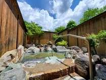 【じゃらん夏SALE】素泊り◆チェックイン22時までOK!源泉かけ流しの温泉でゆったり過ごす♪