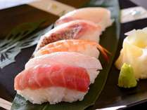 握り寿司5種(だてまぐろ・鯛・カンパチ・縞鯵・海老)