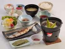 心もからだも温まる温泉湯どうふ付き朝食膳(季節・漁獲・収穫期に応じて多少変わります。)