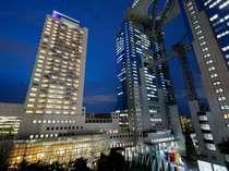 ホテル外観 夜(イメージ)