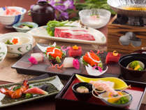 甘味のある豊かな風味が特徴の地元「信州牛」をのしゃぶしゃぶにしてご用意。,長野県,ホテルアンビエント蓼科コテージ