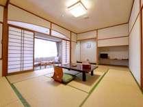 *客室一例 /畳の香りがほのかに薫るお部屋で団欒のひと時をお過ごし下さい。