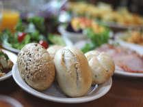 本場ヨーロッパ直送のパンは提供以来、大好評です。是非ご賞味下さい。