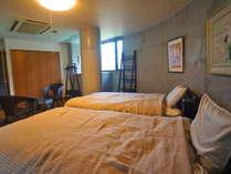 ビジネス・レジャーに便利☆一日限定一組、客室に温泉付きの宿