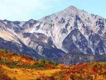 紅葉が広がる絶景の北アルプス!