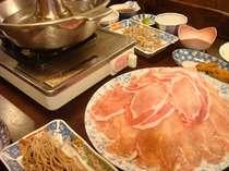 山形・蔵王の格安ペション・ロッジオーベルジュZ 三元豚しゃぶしゃぶ♪一度食べたらやみつき!!とろける食感がたまらない♪夕食一例